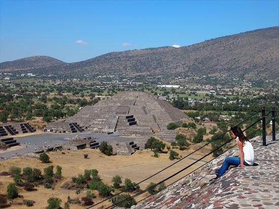 メキシコシティからテオティワカンへの行き方