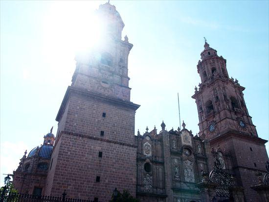 モレリア観光と美味しいメキシコ料理