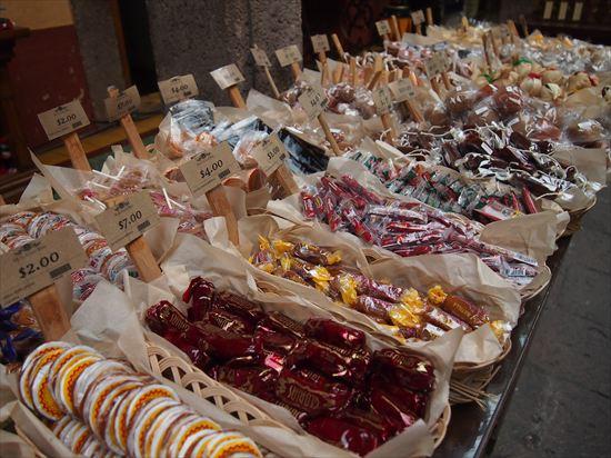 モレリアのキャンディー博物館と美味しいハンバーガー