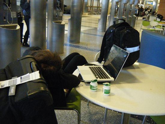 LAX(ロサンゼルス空港)でのwifi接続法