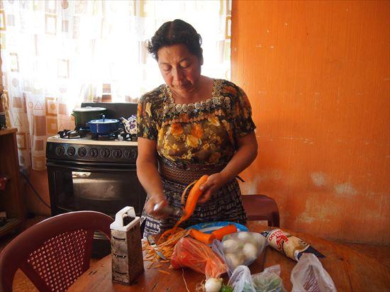 グアテマラの家庭料理、美味しい~!!