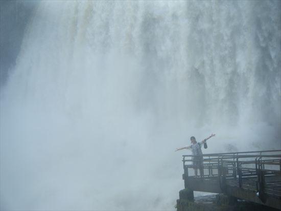 イグアスの滝はアルゼンチン側とブラジル側、どっちがオススメ!?