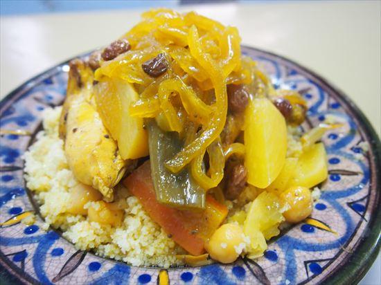 モロッコ・シャウエンの美味しい「クスクス」レストラン♪