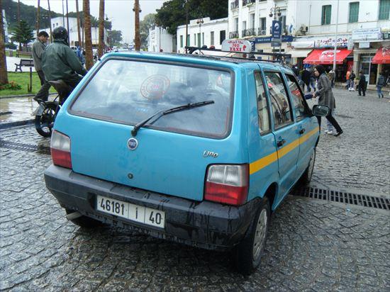 【モロッコでタクシーに安く乗る方法】相場と交渉のコツ