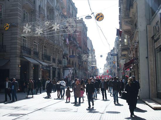 トルコ・タクシム広場をぶらぶらお散歩。