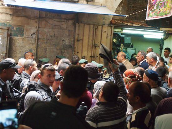 エルサレムの旧市街を散策してたら、何やら事件が…?!