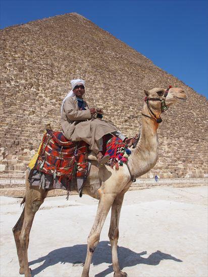 エジプト・ピラミッドにありがちな詐欺と、しつこい客引きへの対処法