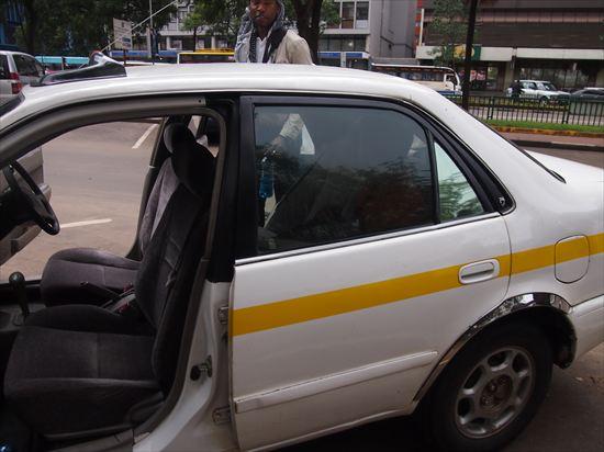 タクシーの選び方が旅の命運を分ける。