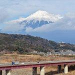 富士山×海の絶景「三保の松原」で、幸運の「はちまき石」探し♪