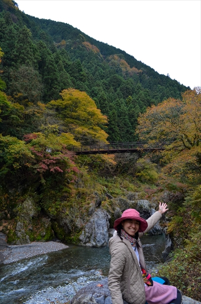 東京の隠れ絶景スポット「鳩ノ巣渓谷」で紅葉を見てきました!