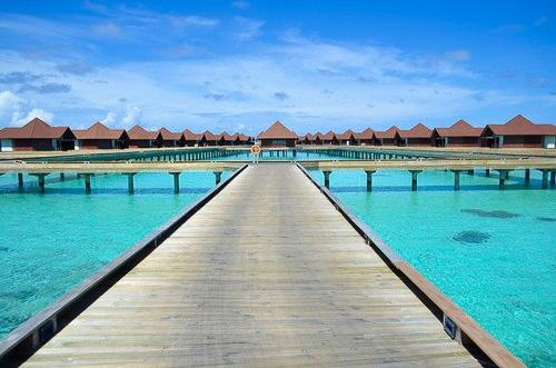 モルディブの水上コテージの値段はいくら?安く泊まる裏技を伝授!
