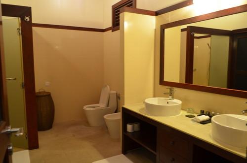 ロビンソン・クラブ・モルディブのバスルーム